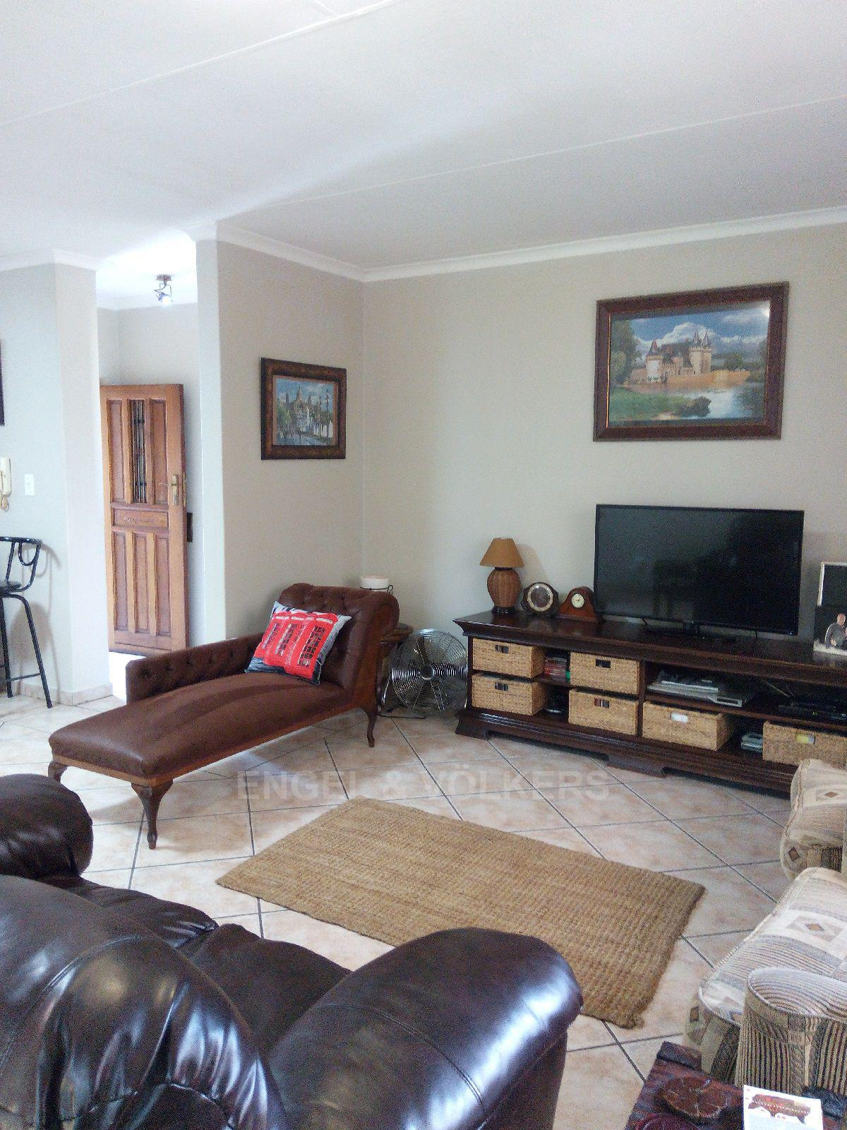 Amberfield Heights property for sale. Ref No: 13554956. Picture no 22