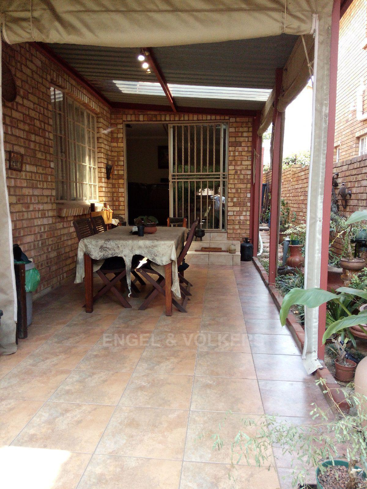 Amberfield Heights property for sale. Ref No: 13554956. Picture no 21