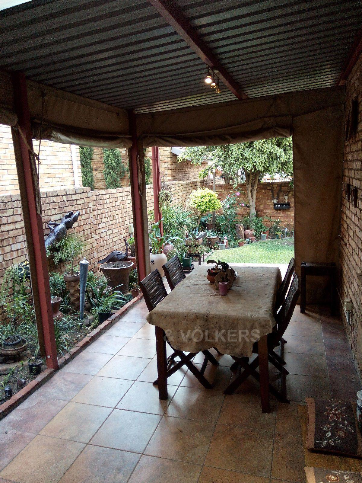 Amberfield Heights property for sale. Ref No: 13554956. Picture no 16