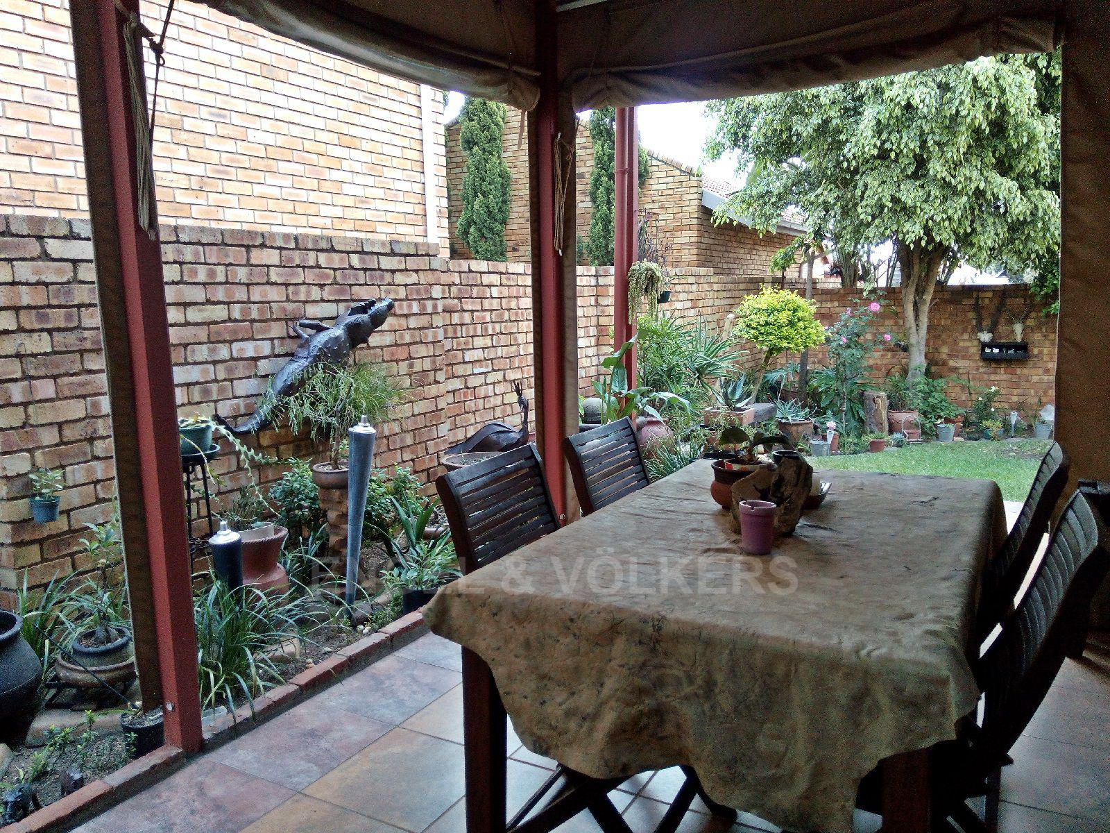 Amberfield Heights property for sale. Ref No: 13554956. Picture no 17