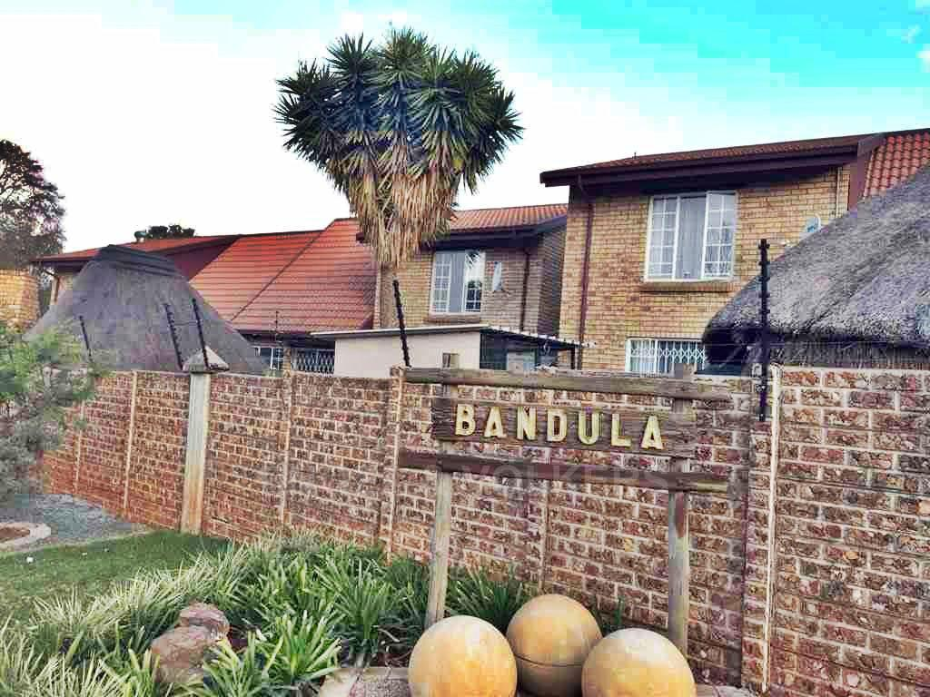 Centurion, Hennopspark Property  | Houses For Sale Hennopspark, HENNOPSPARK, Duplex 3 bedrooms property for sale Price:980,000