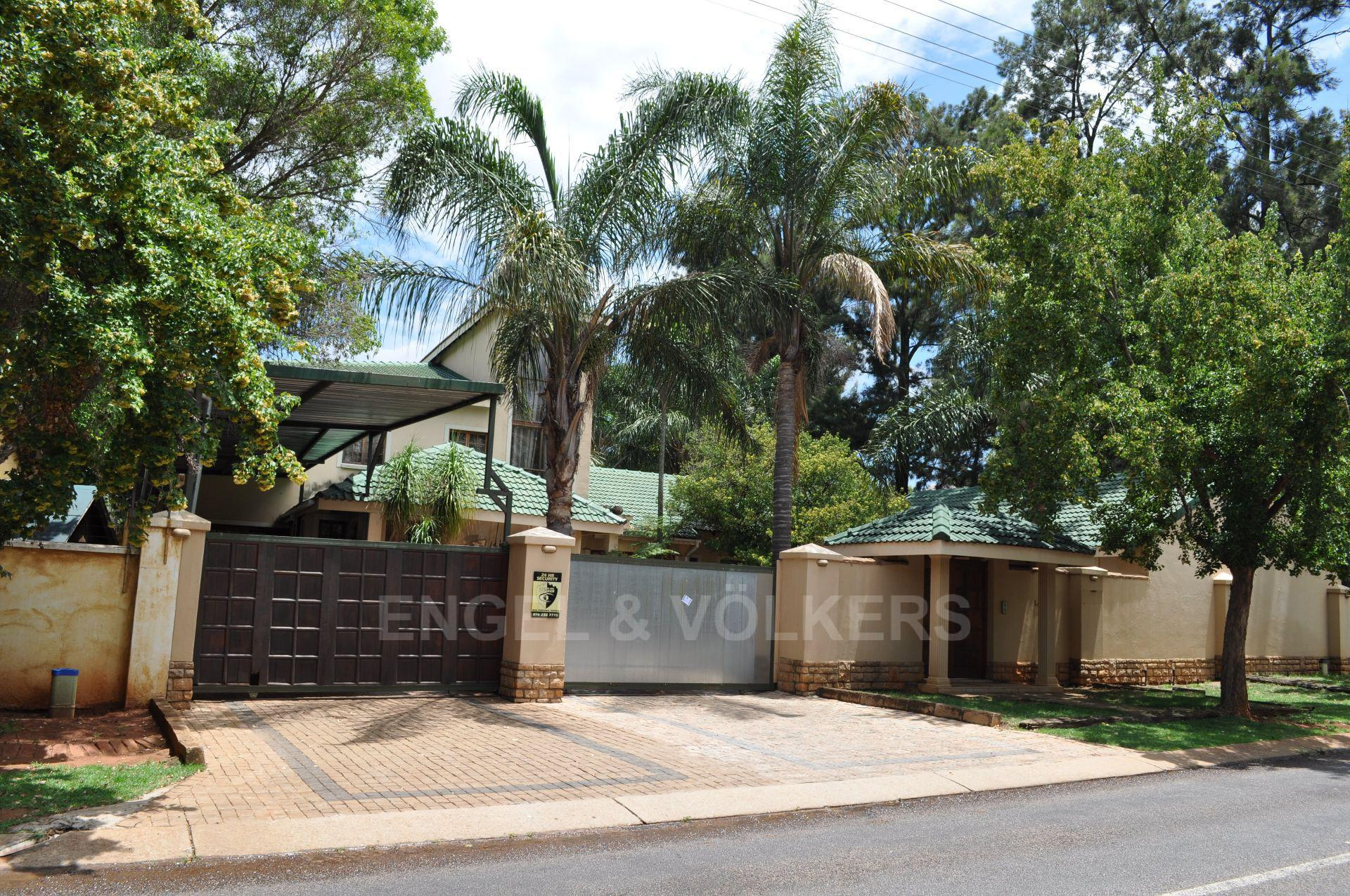 Doringkloof property for sale. Ref No: 13579964. Picture no 2