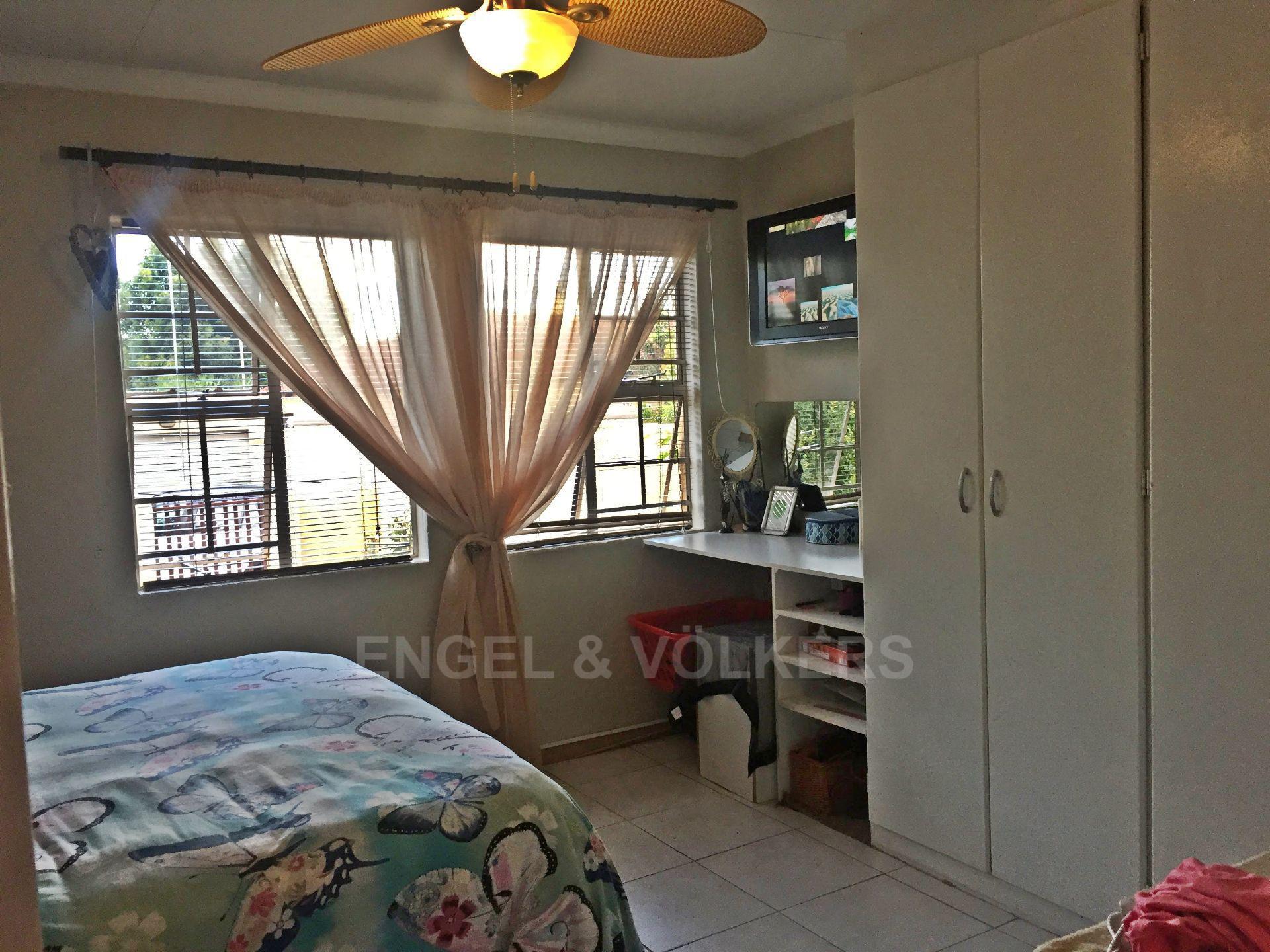 Eldoraigne property for sale. Ref No: 13580655. Picture no 16