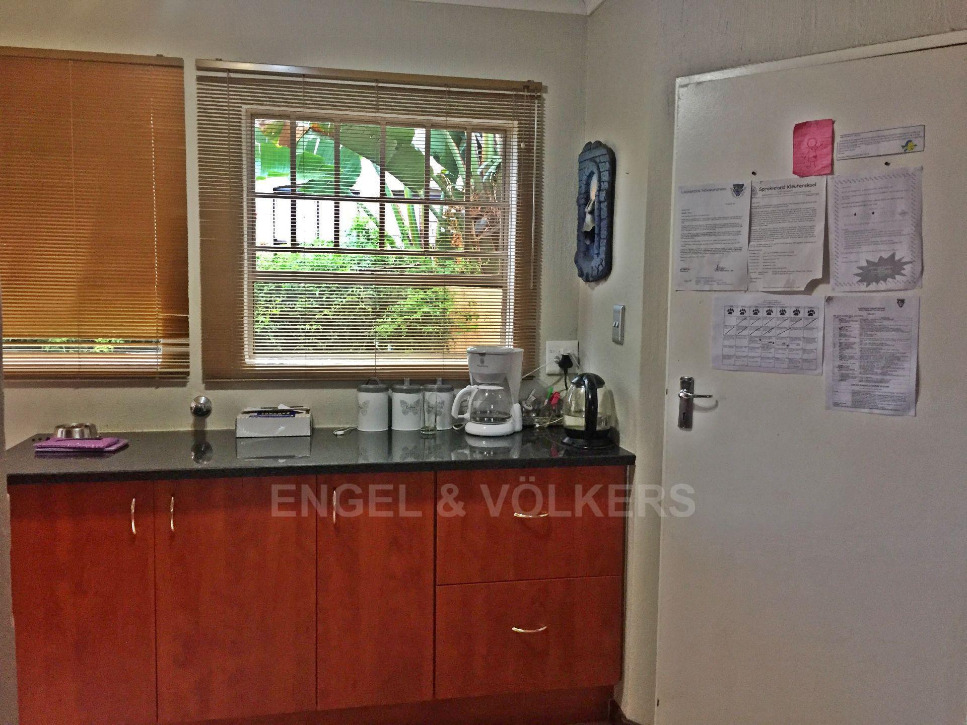 Eldoraigne property for sale. Ref No: 13580655. Picture no 10