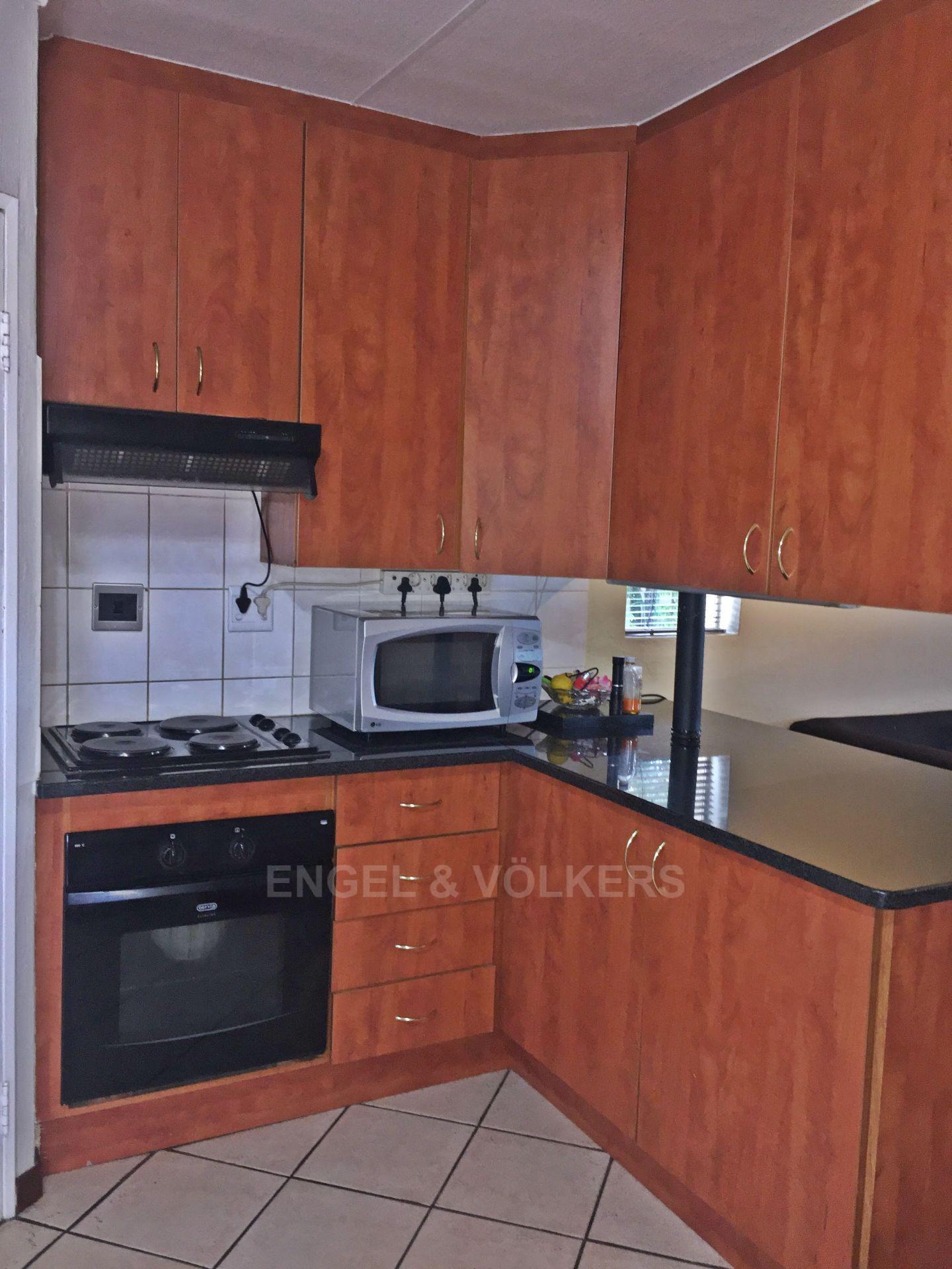 Eldoraigne property for sale. Ref No: 13580655. Picture no 21