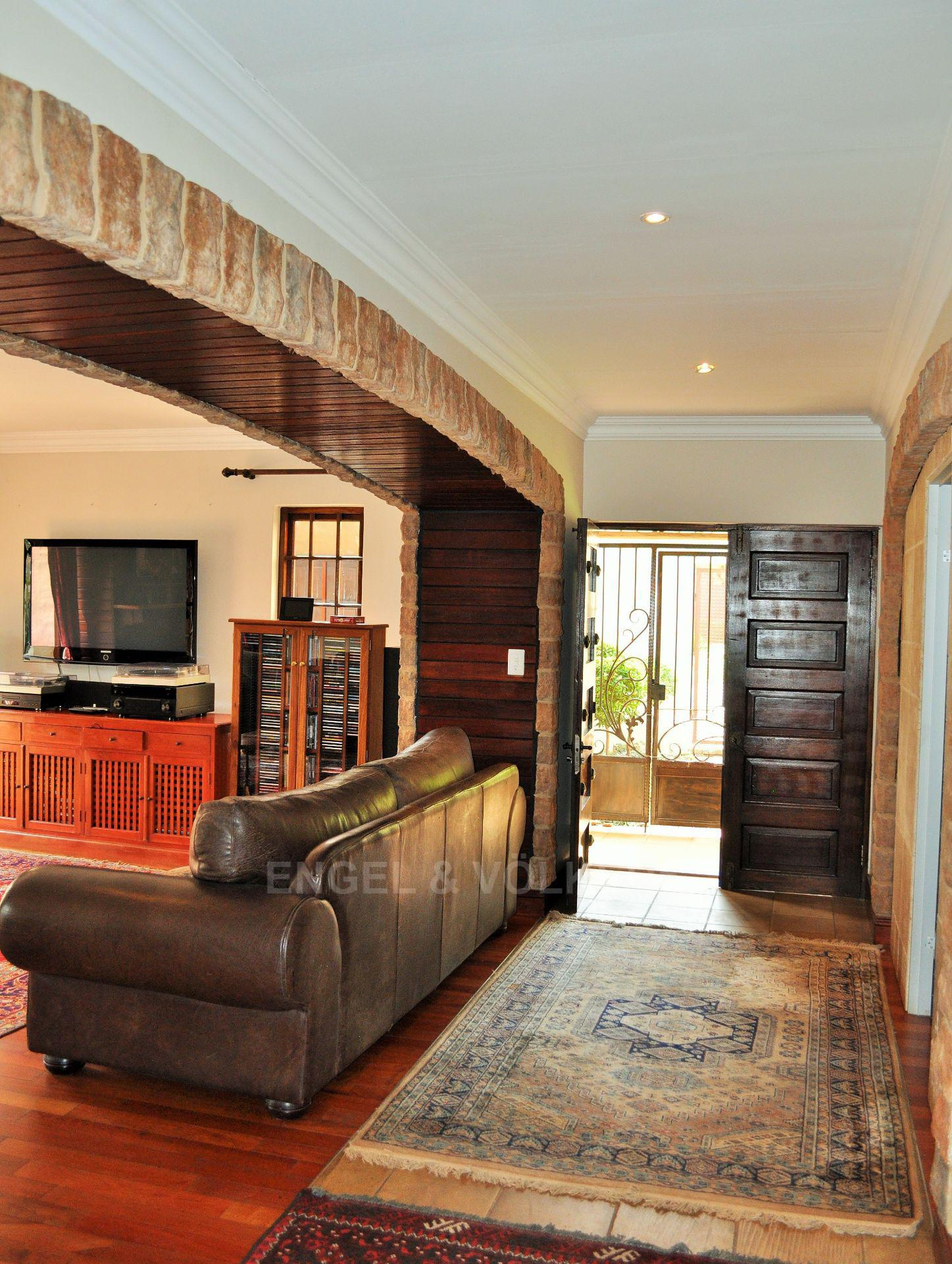 Doringkloof property for sale. Ref No: 13599473. Picture no 9