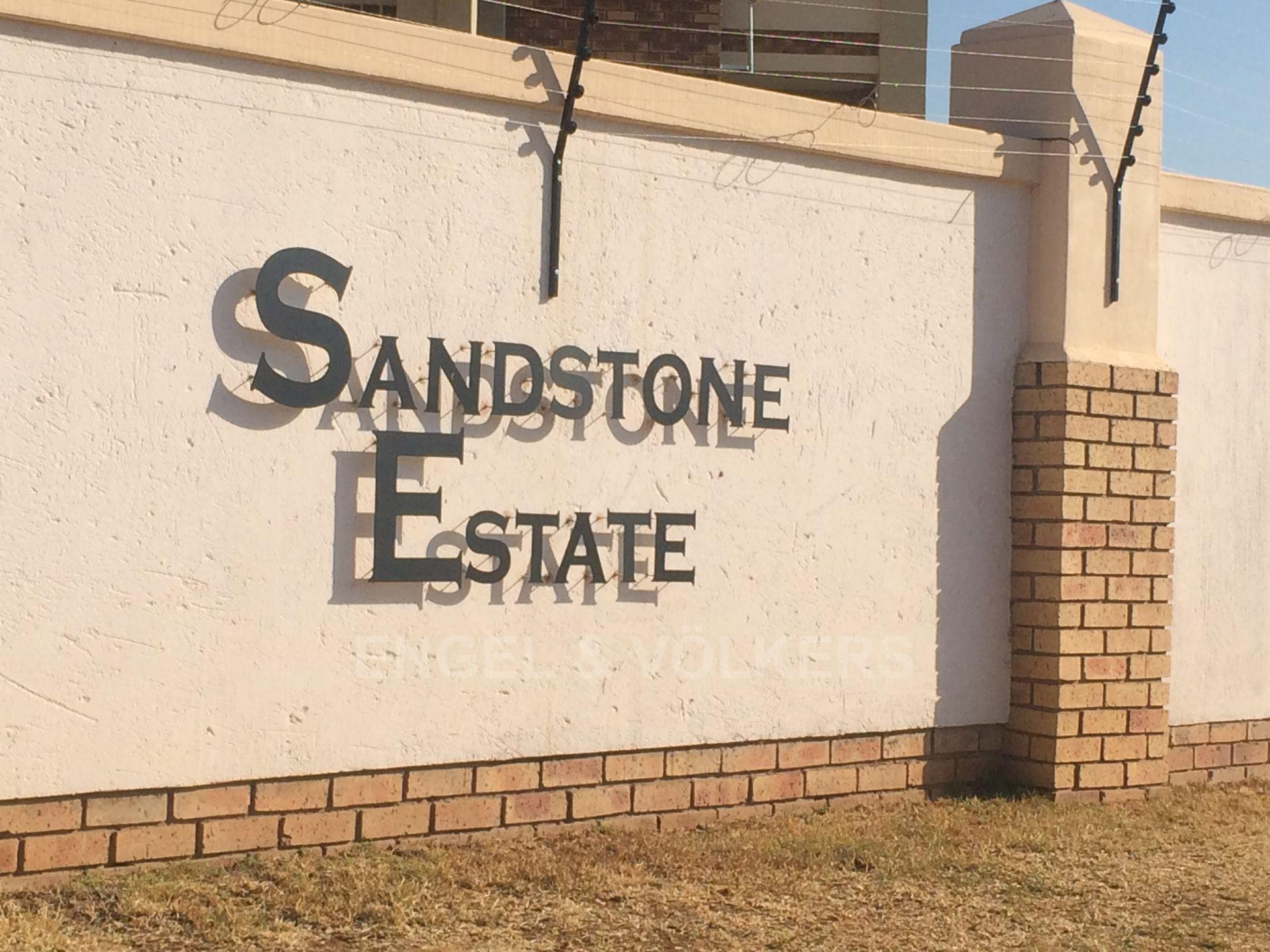Property and Houses for sale in Stone Ridge, House, 2 Bedrooms - ZAR 750,000
