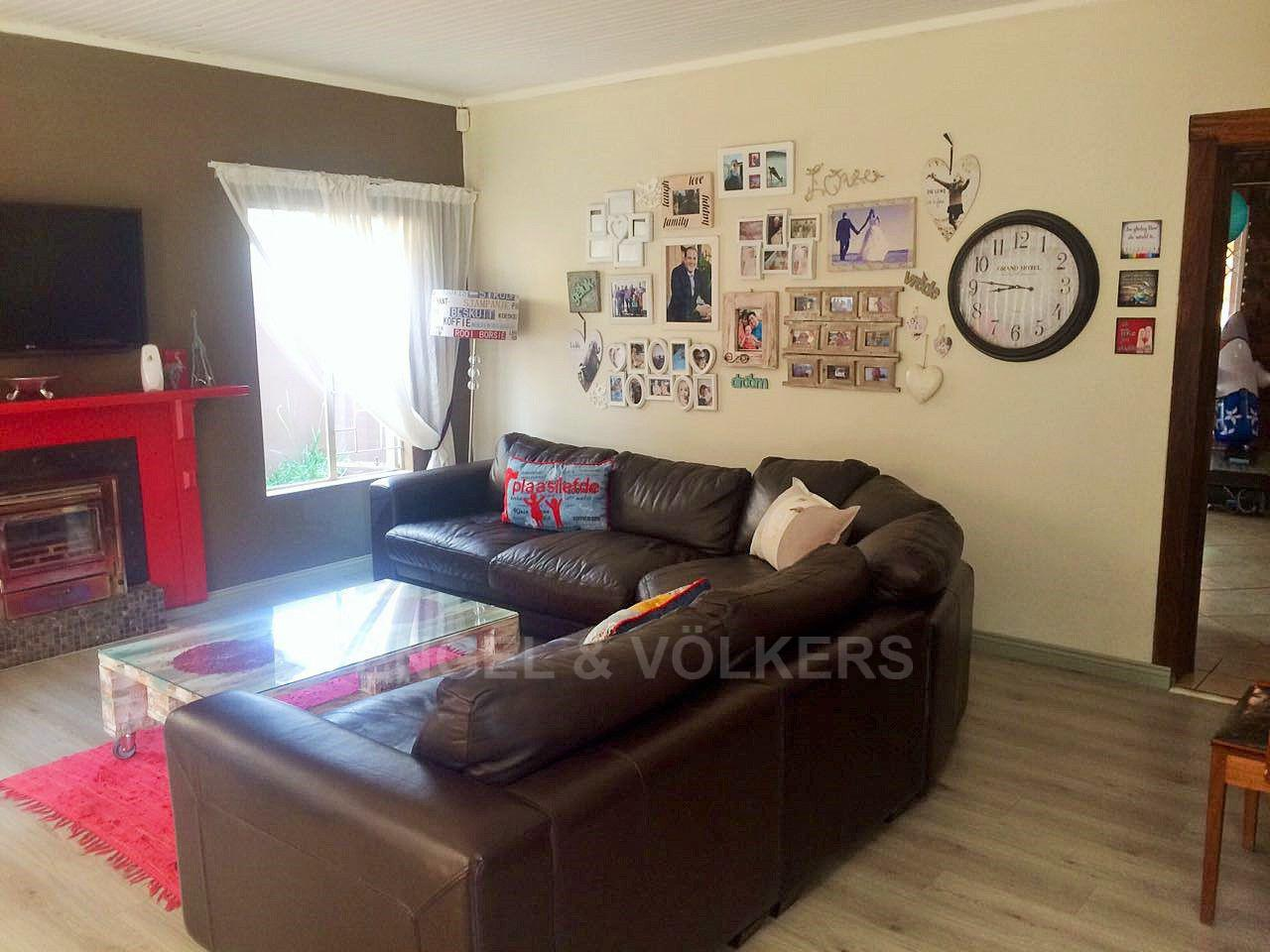 Doringkloof property for sale. Ref No: 13613096. Picture no 8