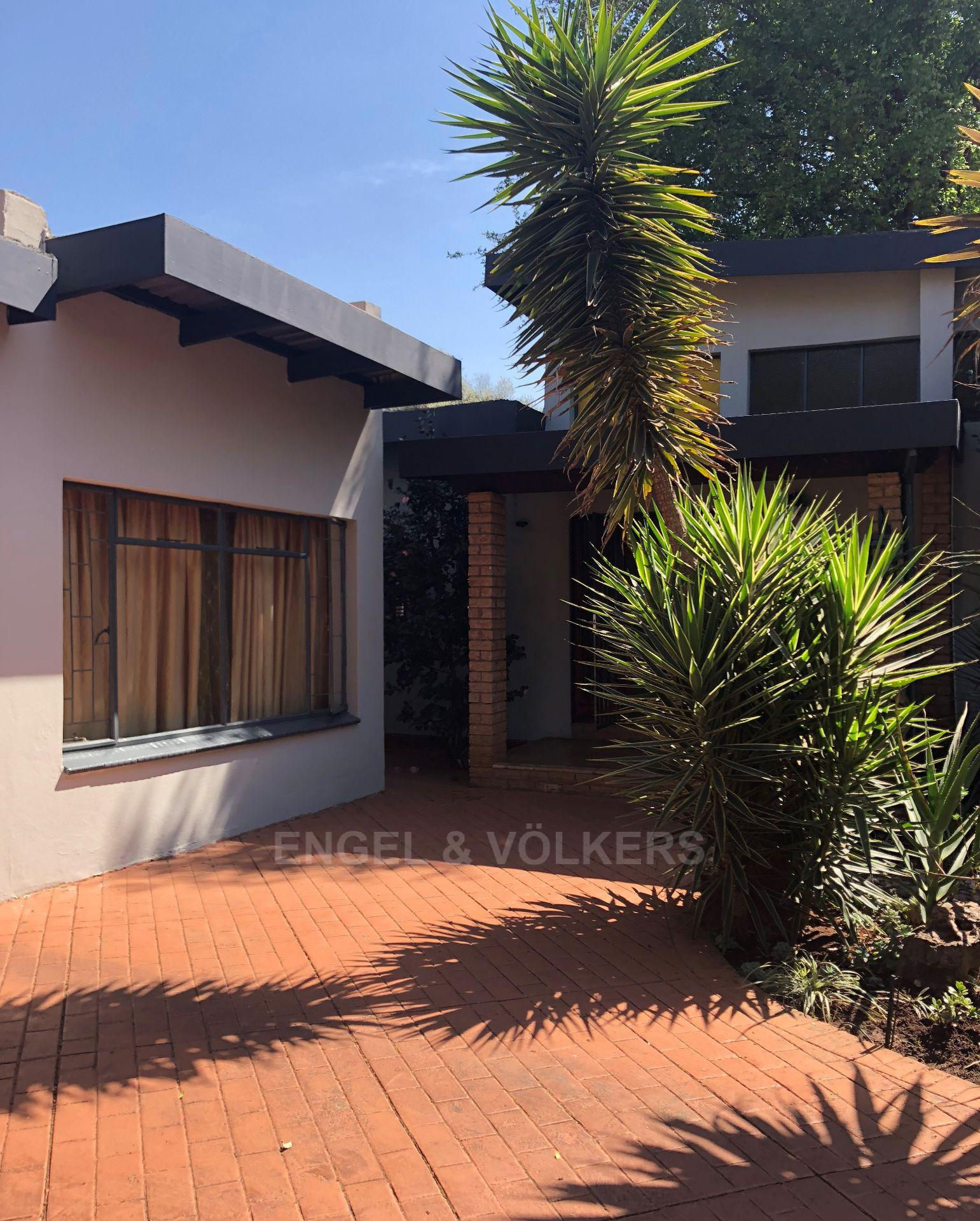 Property and Houses for sale in Doringkloof, House, 4 Bedrooms - ZAR 1,985,000