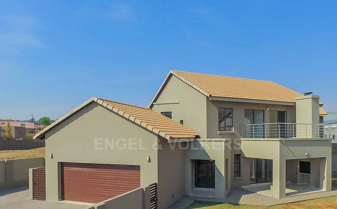 Property and Houses for sale in Eldoraigne, House, 4 Bedrooms - ZAR 3,095,000
