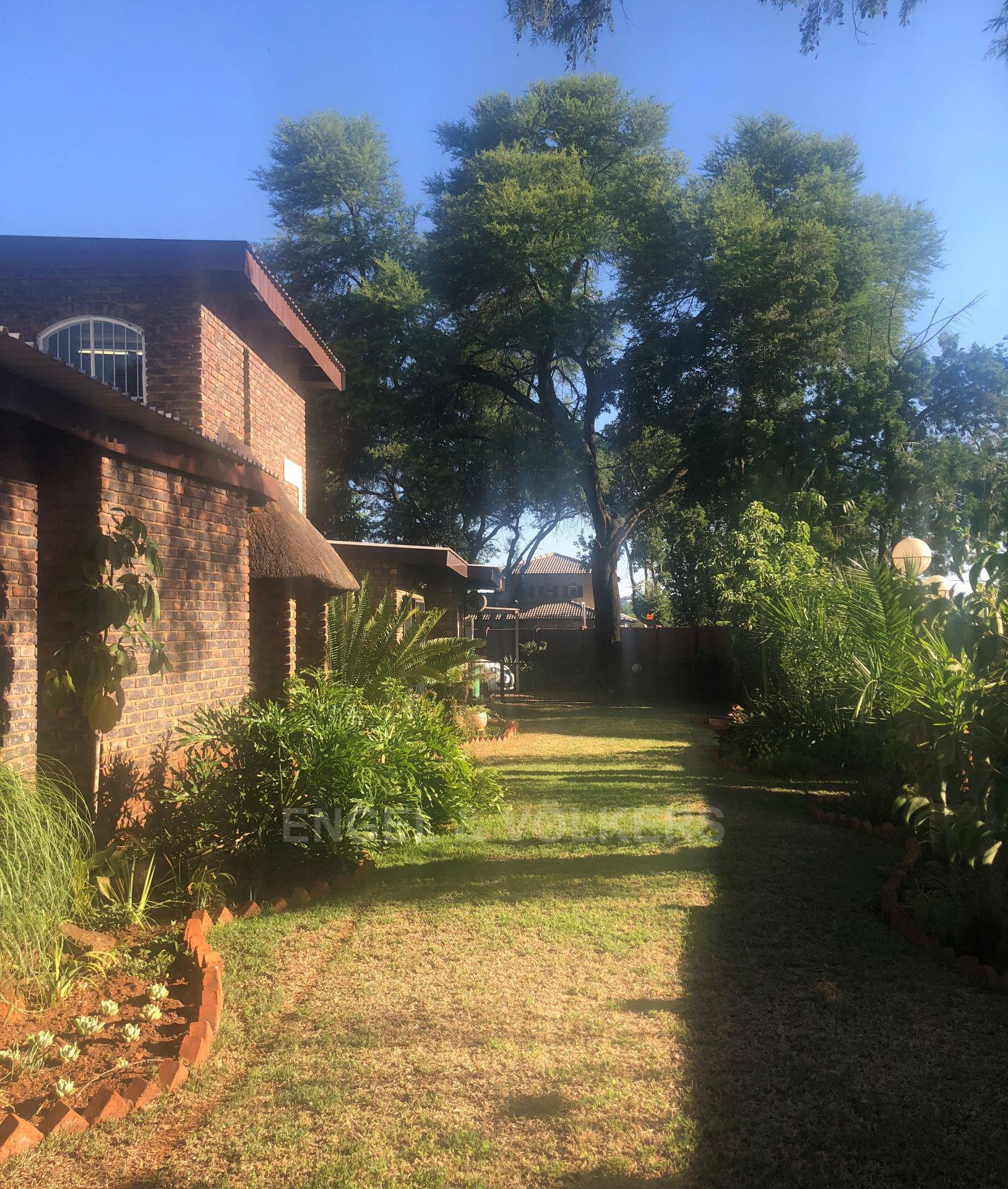 Property and Houses for sale in Doringkloof, House, 4 Bedrooms - ZAR 1,995,000