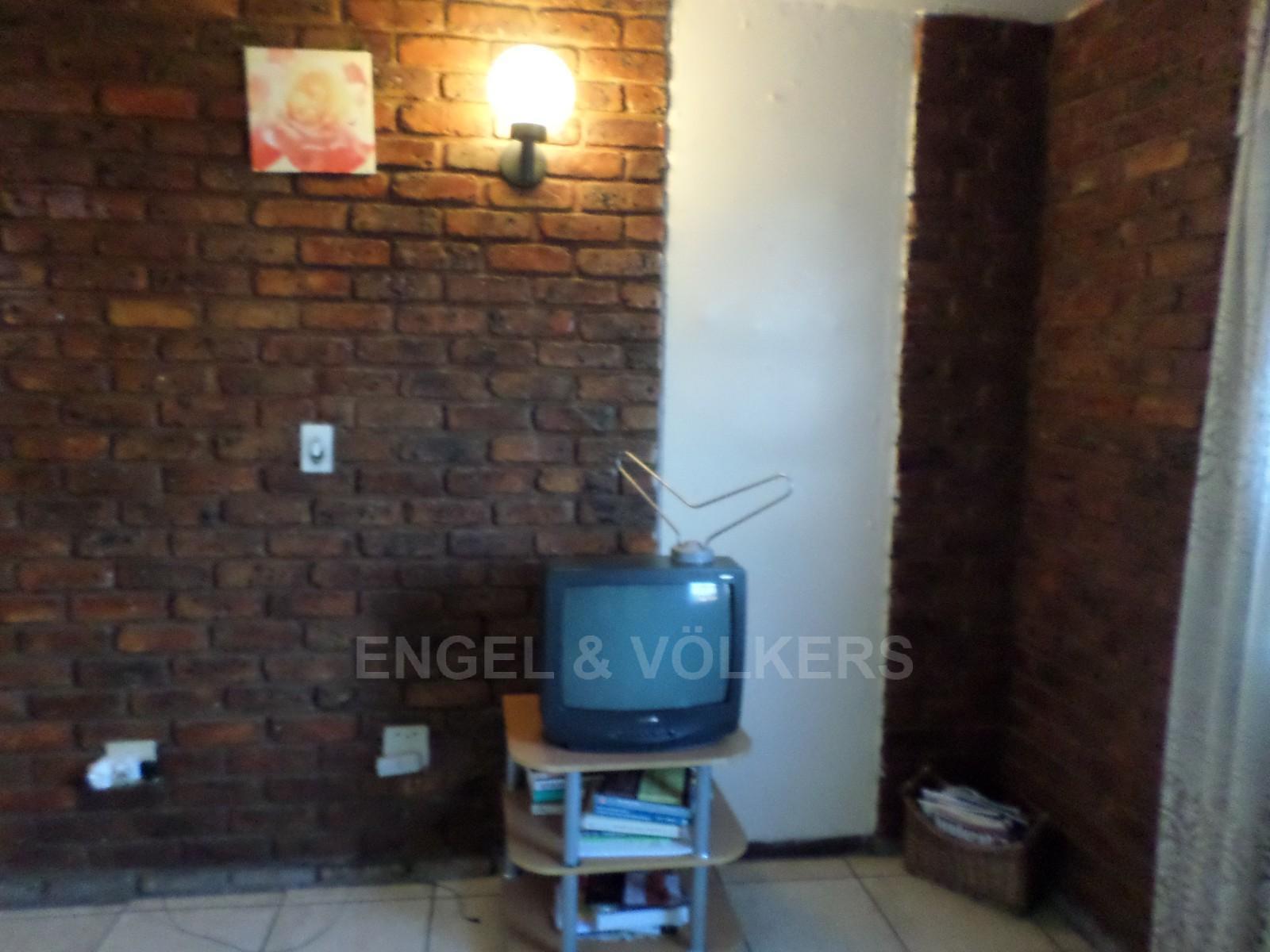 Pretoria property for sale. Ref No: 12792613. Picture no 5