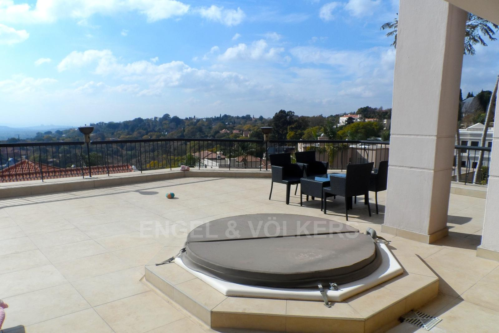 Waterkloof Ridge property for sale. Ref No: 13230281. Picture no 20