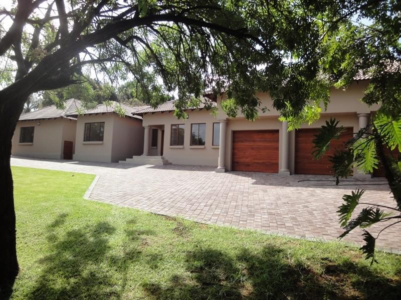 Waterkloof Ridge for sale property. Ref No: 2949420. Picture no 2