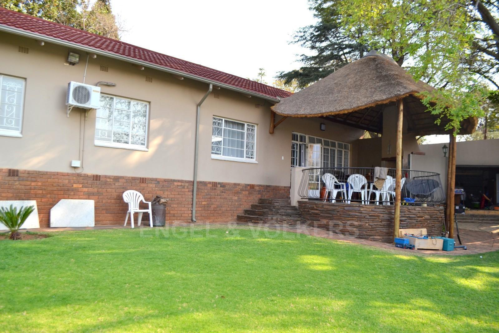 Pretoria groenkloof property houses for sale groenkloof for Landscaping rocks for sale in pretoria