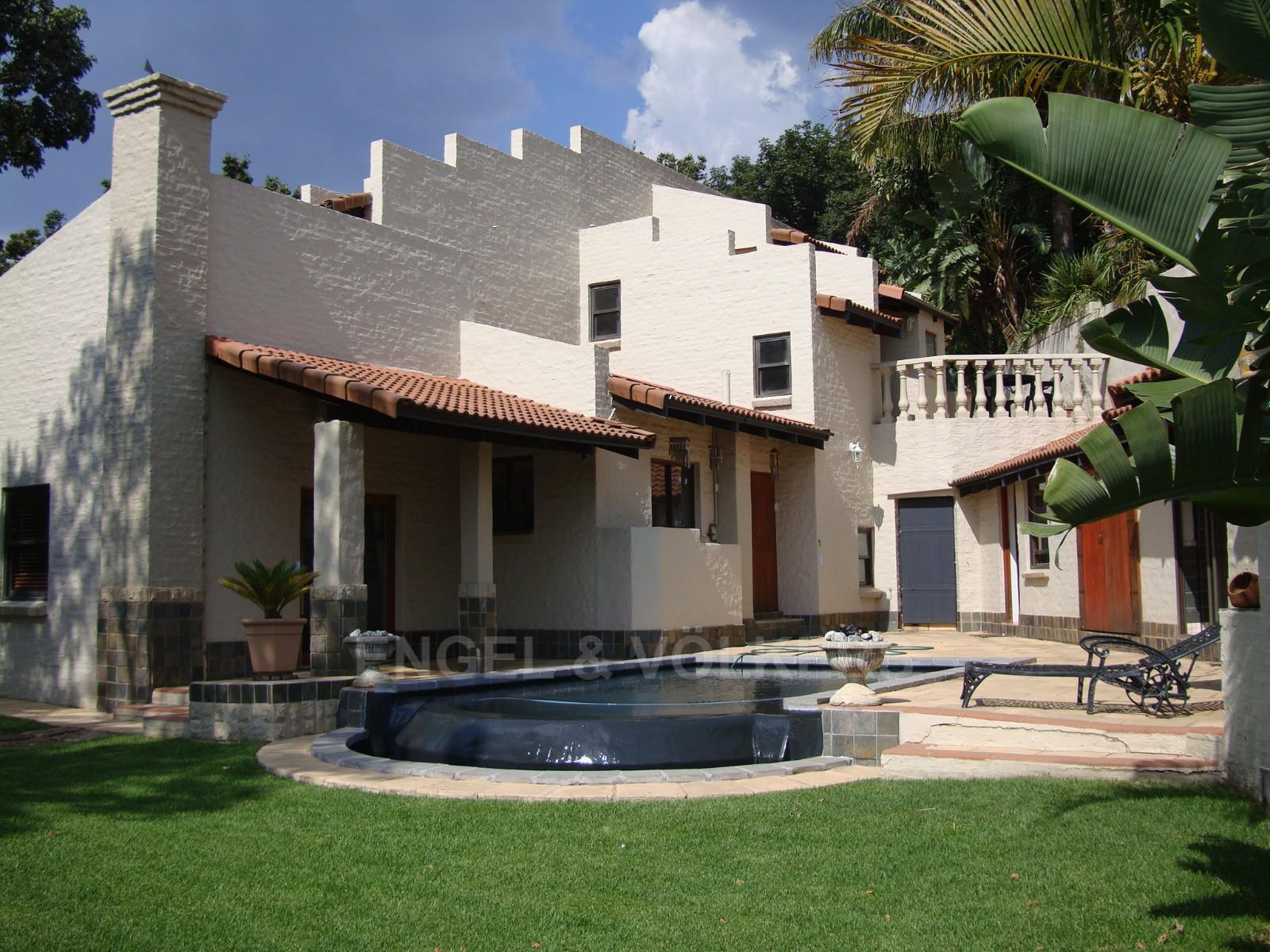 Waterkloof Heights property for sale. Ref No: 13318822. Picture no 5