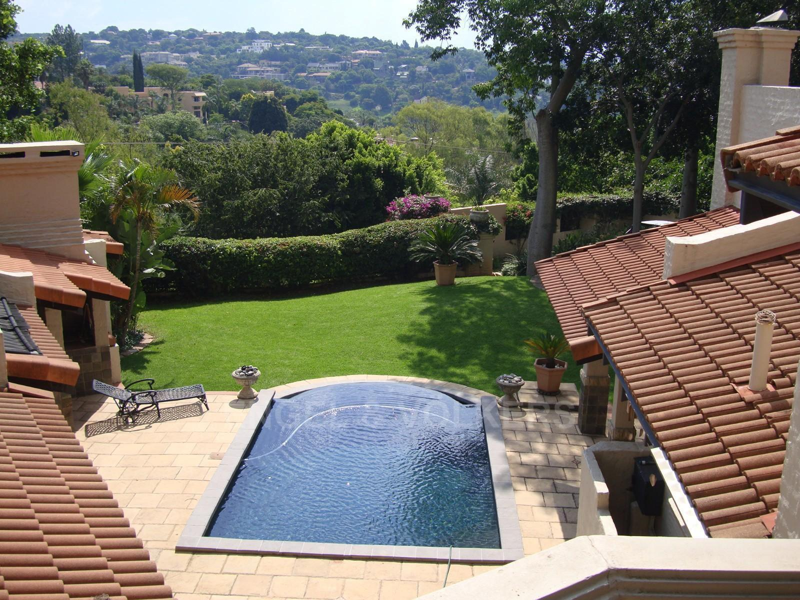 Waterkloof Heights property for sale. Ref No: 13318822. Picture no 6