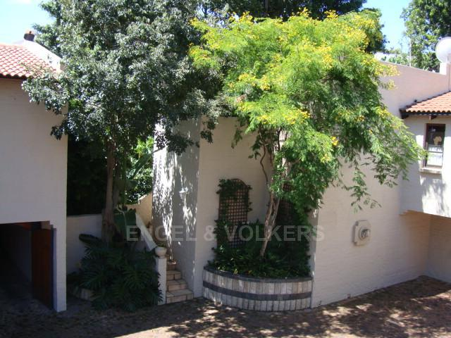 Waterkloof Heights property for sale. Ref No: 13318822. Picture no 11