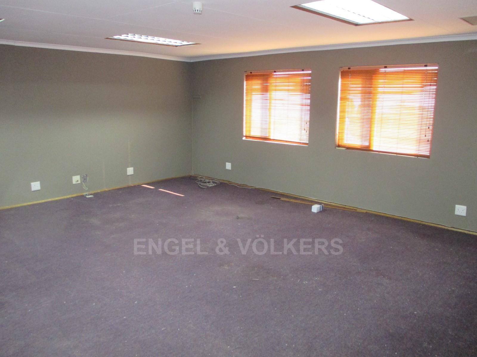 Waterkloof Ridge property to rent. Ref No: 13325445. Picture no 3