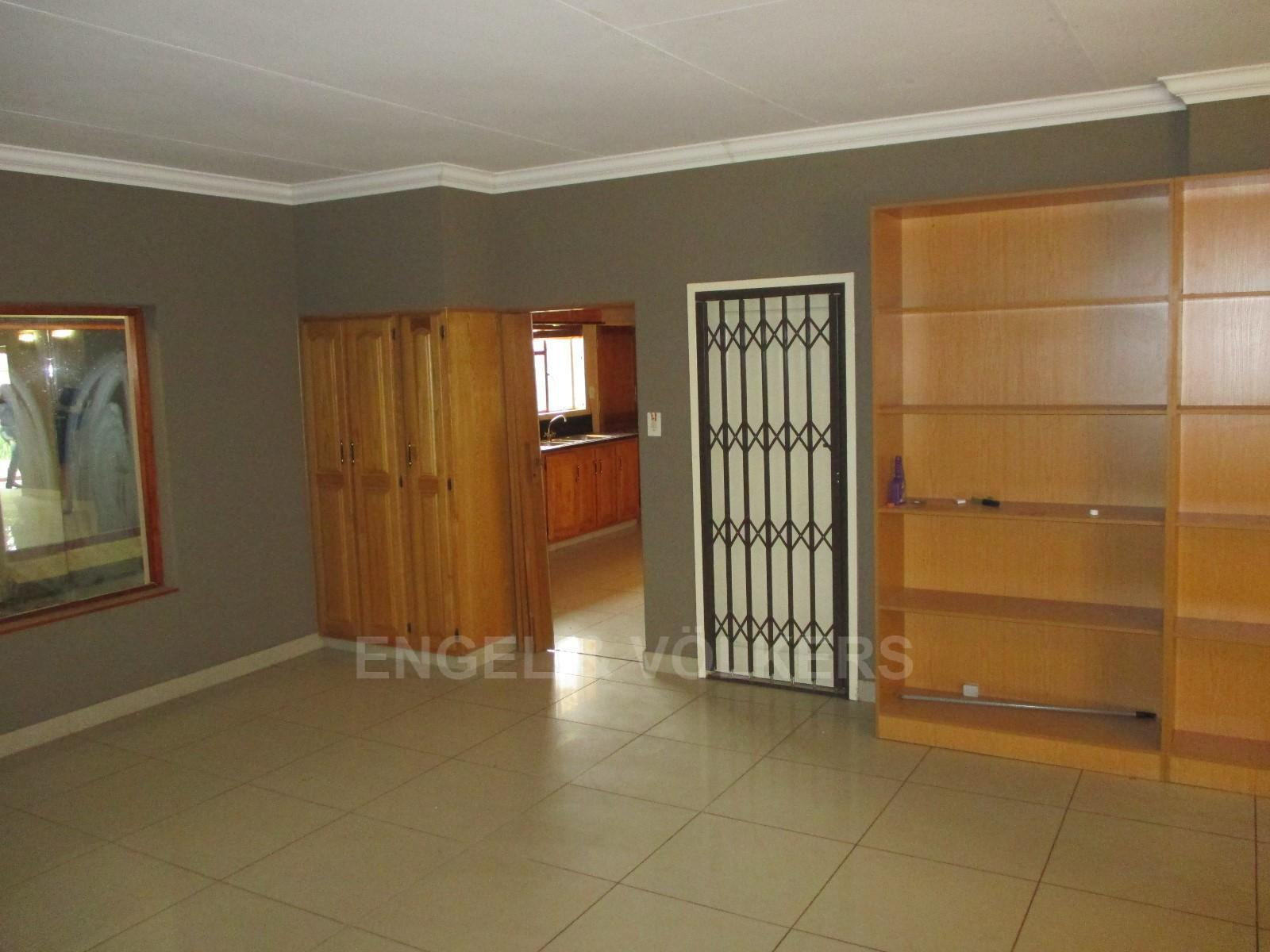 Waterkloof Ridge property to rent. Ref No: 13325445. Picture no 6