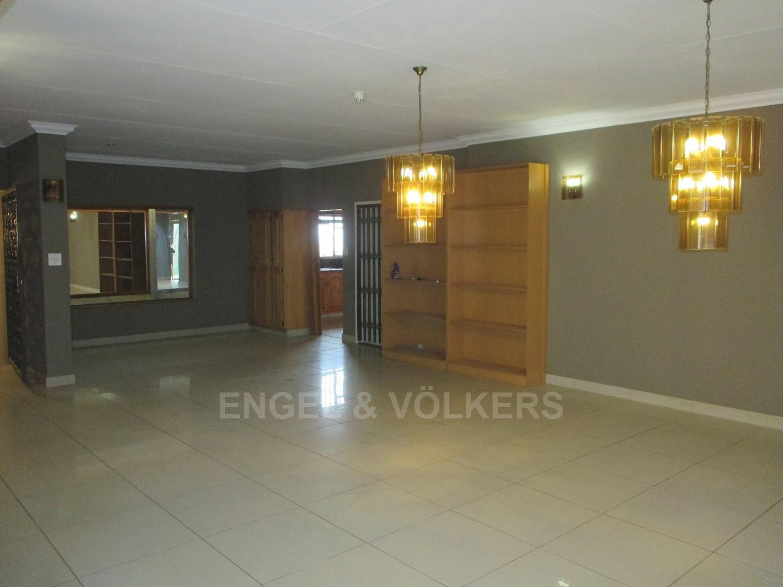 Waterkloof Ridge property to rent. Ref No: 13325445. Picture no 7