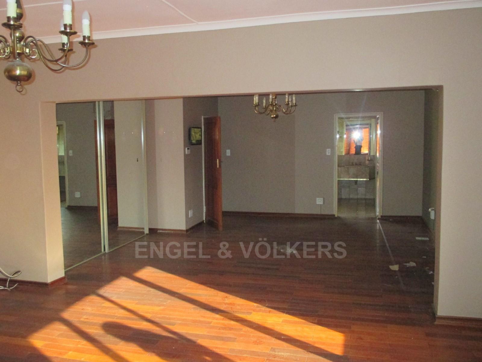 Waterkloof Ridge property to rent. Ref No: 13325445. Picture no 20