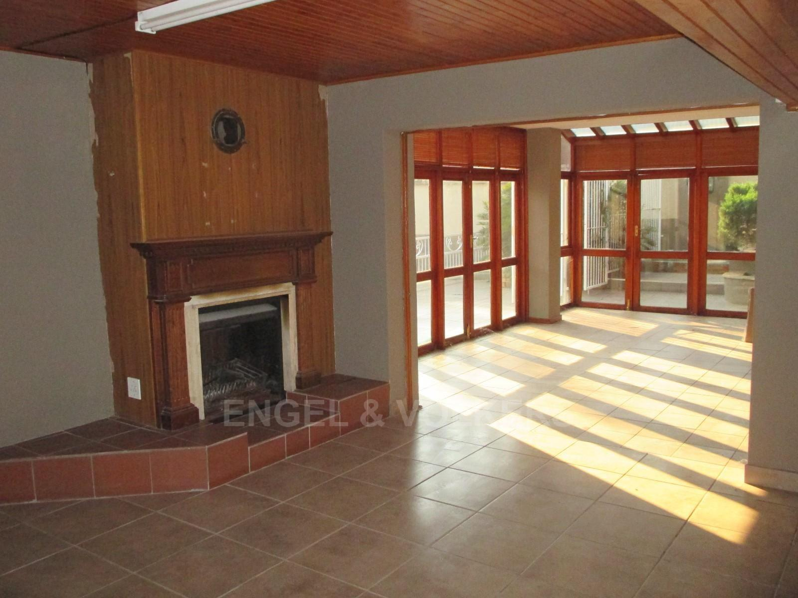 Waterkloof Ridge property to rent. Ref No: 13325445. Picture no 25