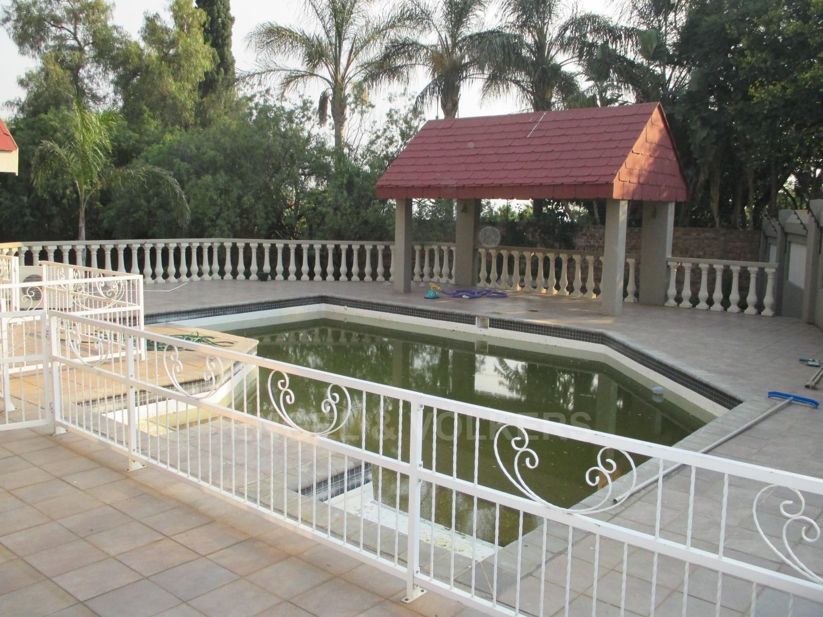 Waterkloof Ridge property to rent. Ref No: 13325445. Picture no 30