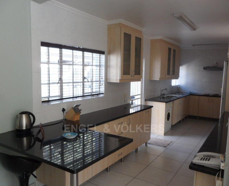 Waterkloof Heights property for sale. Ref No: 13388856. Picture no 7