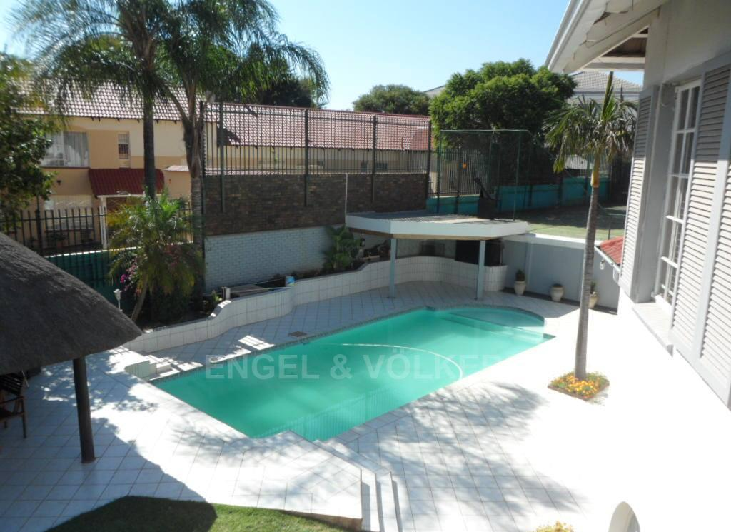 Waterkloof Heights property for sale. Ref No: 13388856. Picture no 24
