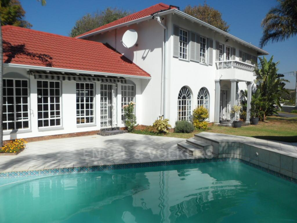Waterkloof Heights property for sale. Ref No: 13388856. Picture no 1