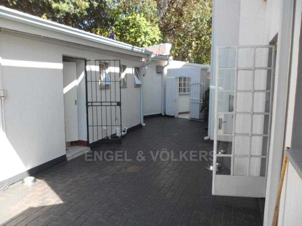 Waterkloof Heights property for sale. Ref No: 13388856. Picture no 28