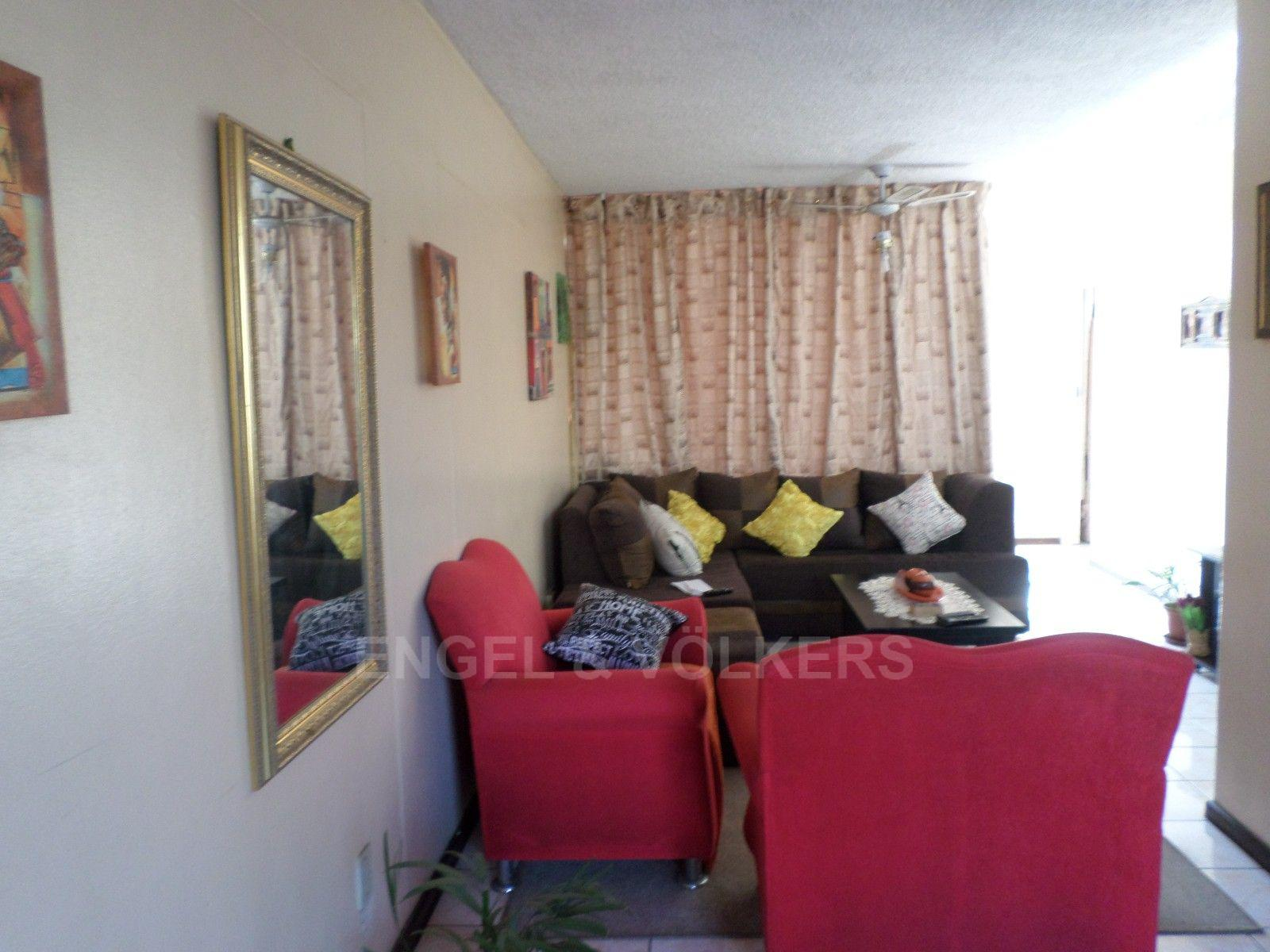 Sunnyside property for sale. Ref No: 13373643. Picture no 7