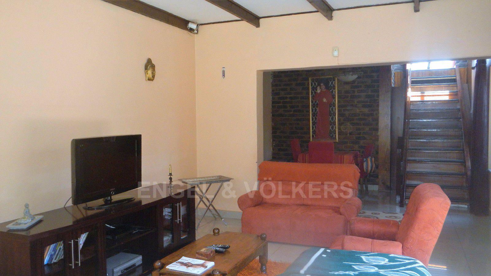 Constantia Park property for sale. Ref No: 13393090. Picture no 6
