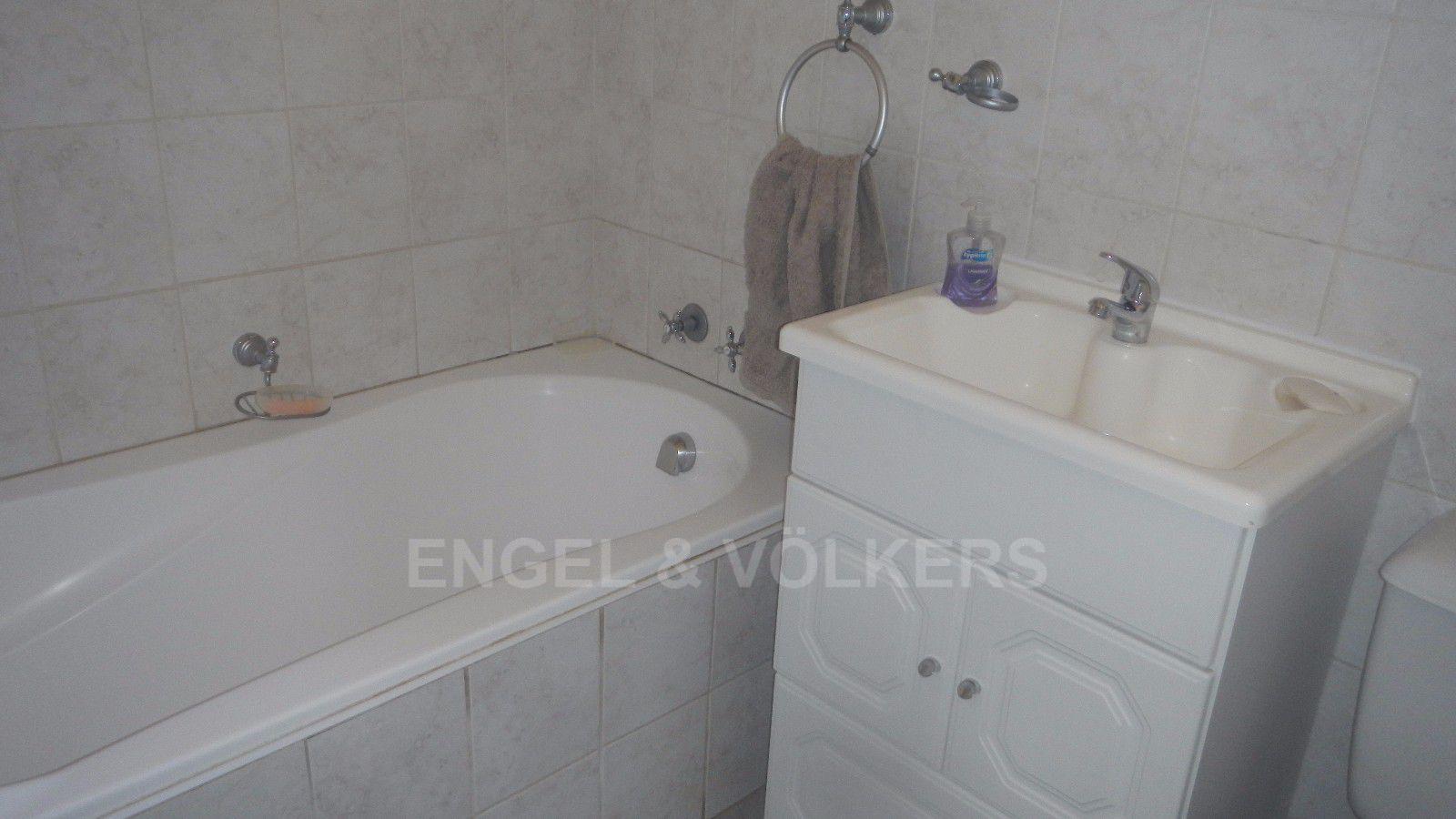 Constantia Park property for sale. Ref No: 13393090. Picture no 11