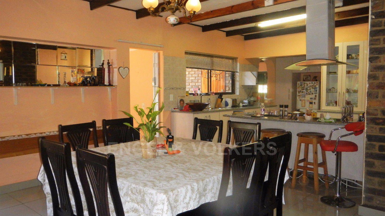 Constantia Park property for sale. Ref No: 13393090. Picture no 13
