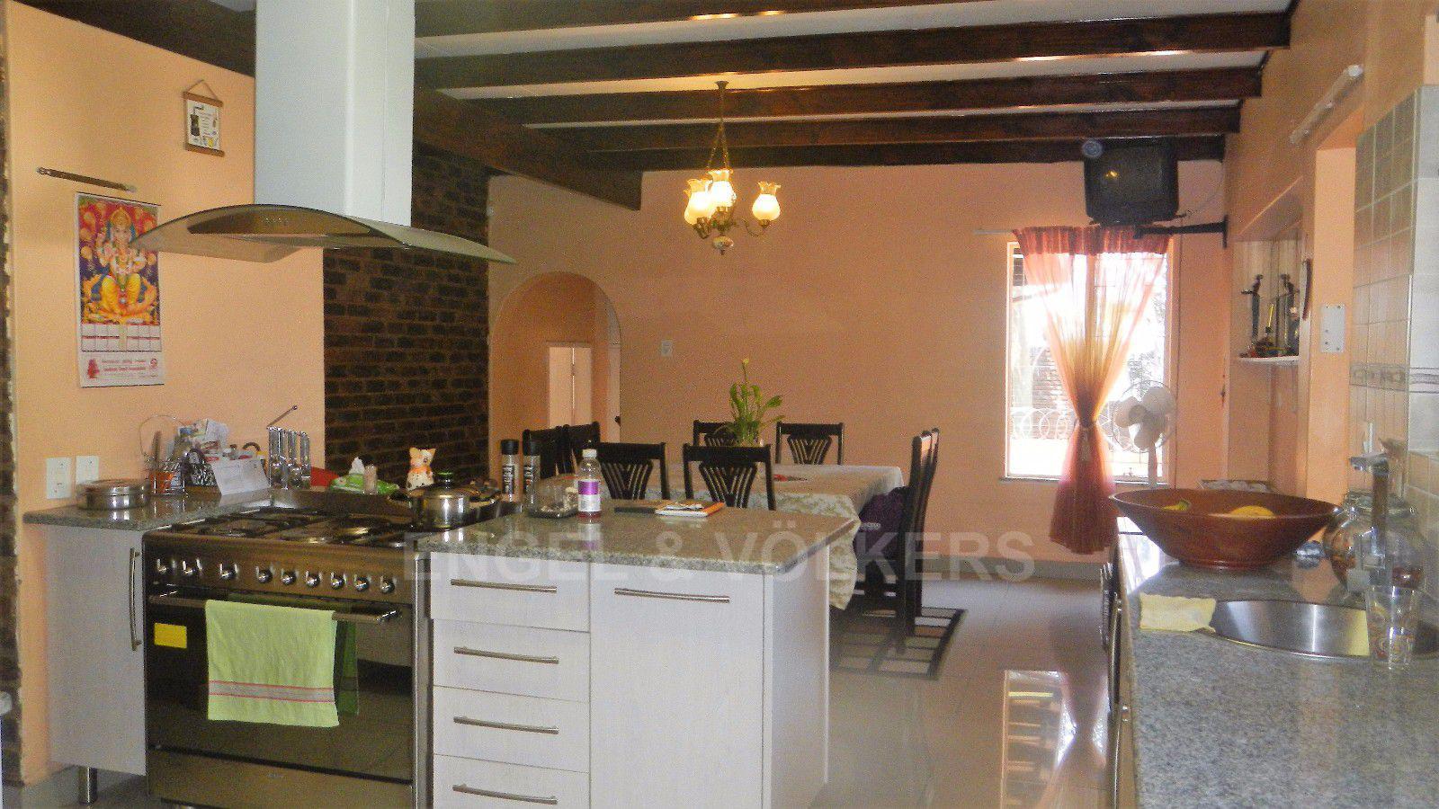 Constantia Park property for sale. Ref No: 13393090. Picture no 16