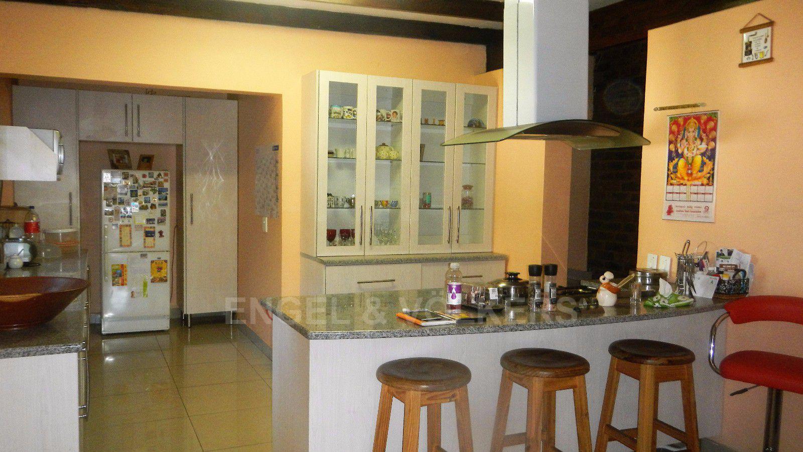 Constantia Park property for sale. Ref No: 13393090. Picture no 17