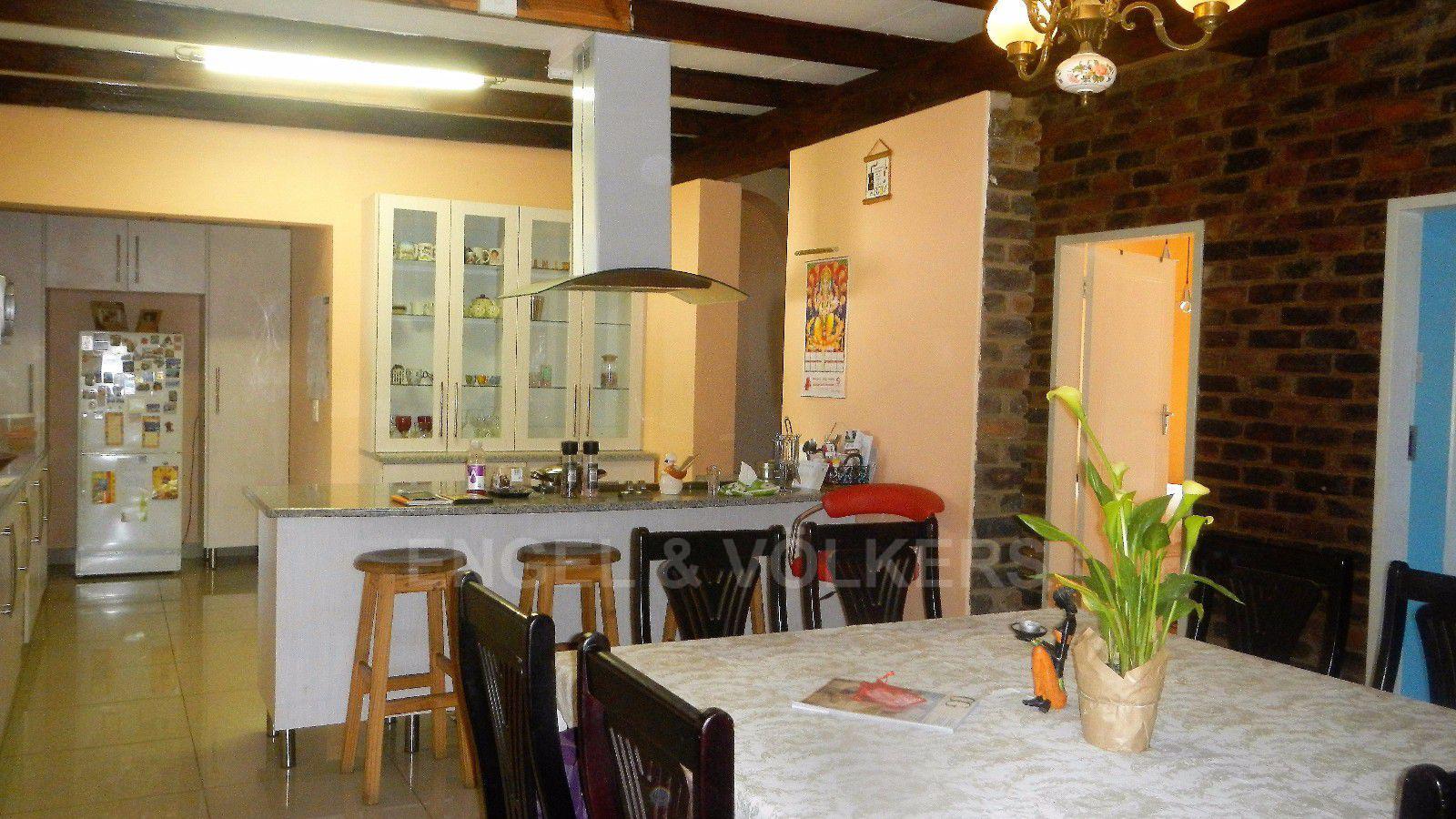 Constantia Park property for sale. Ref No: 13393090. Picture no 18