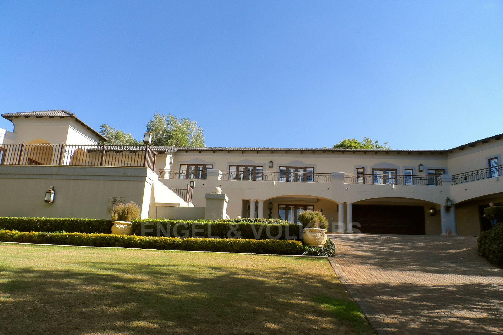 Waterkloof Ridge property for sale. Ref No: 2949418. Picture no 27