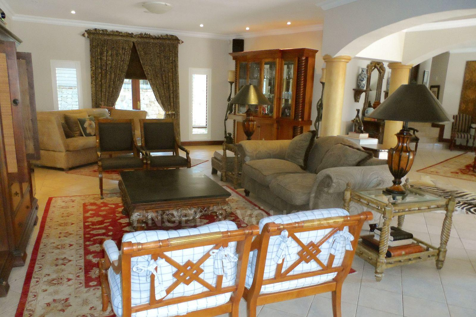 Waterkloof Ridge property for sale. Ref No: 2949418. Picture no 8