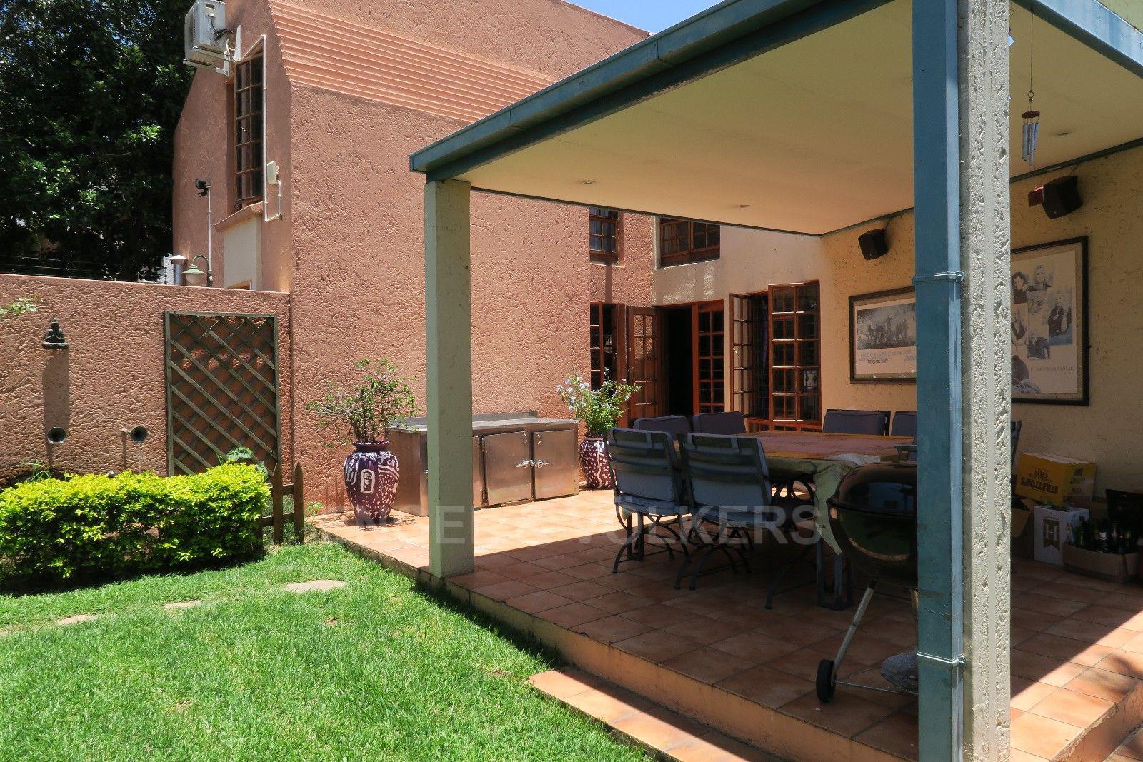 Menlo Park property for sale. Ref No: 13399198. Picture no 4