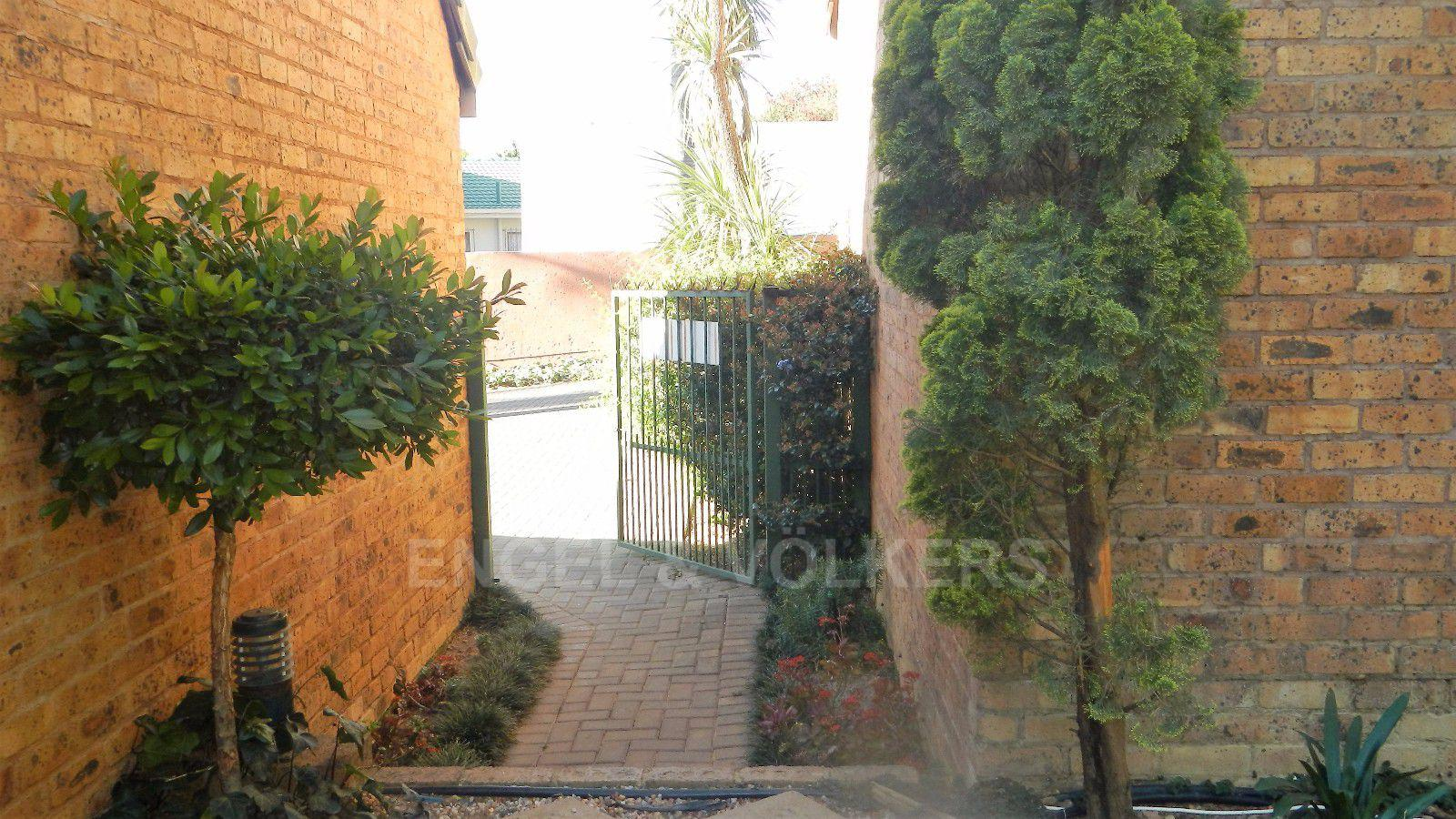 Erasmuskloof property for sale. Ref No: 13395340. Picture no 14