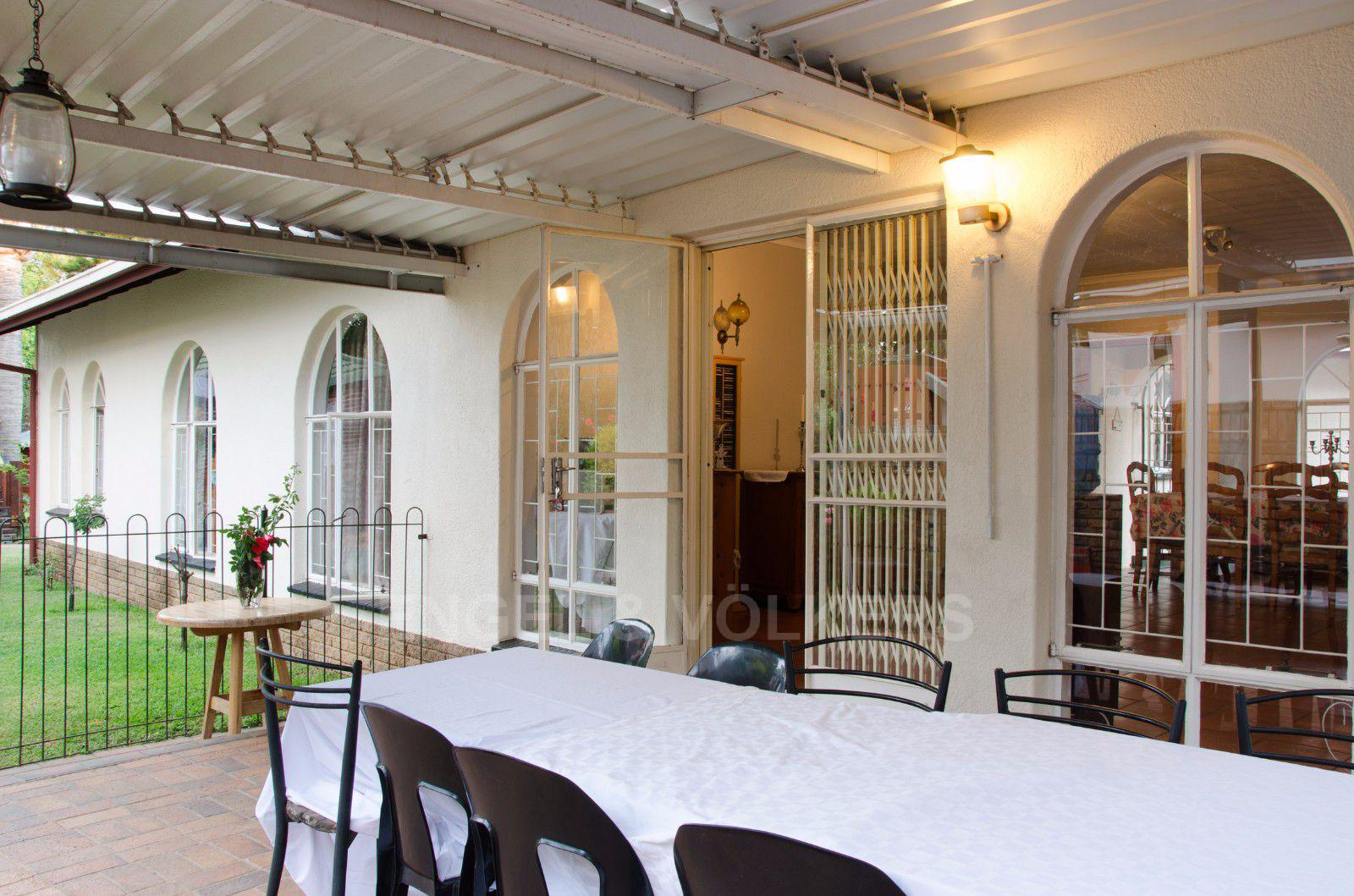 Constantia Park property for sale. Ref No: 13401985. Picture no 21