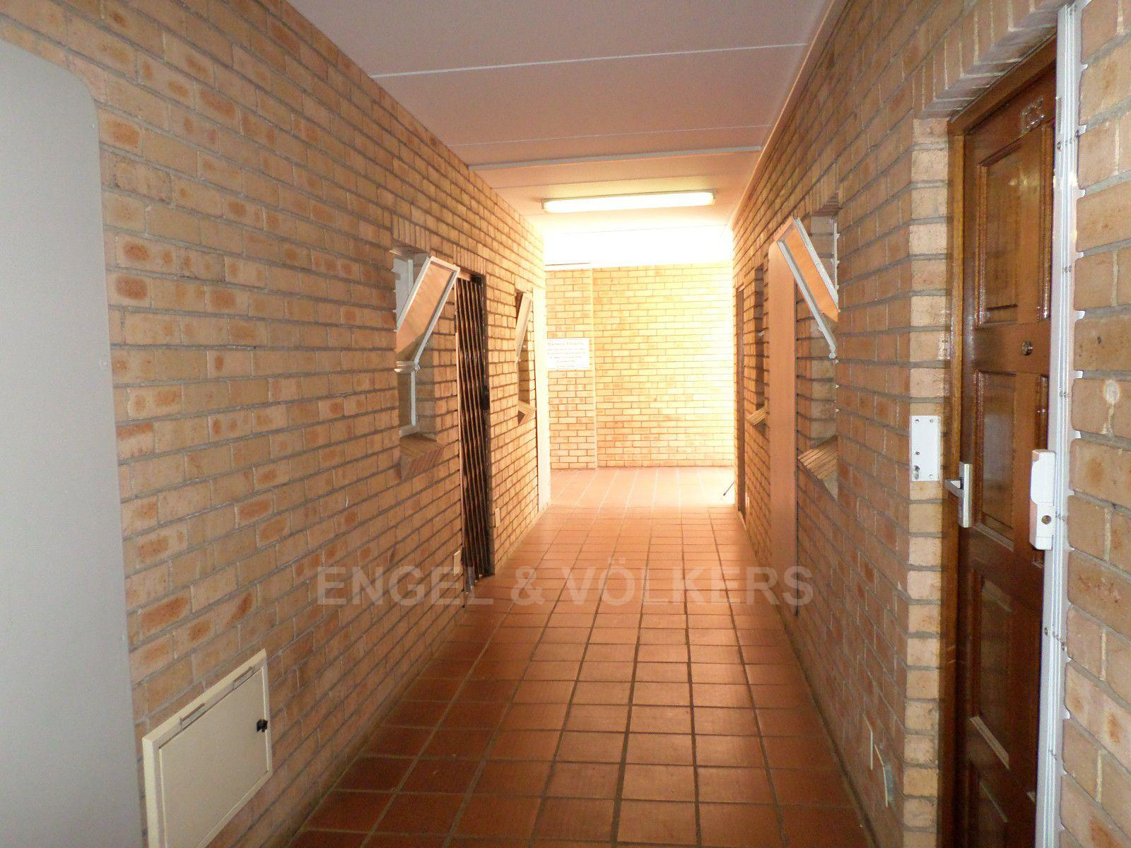 Hatfield property for sale. Ref No: 13417087. Picture no 2