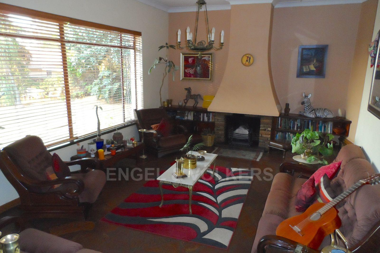 Waterkloof Ridge property for sale. Ref No: 13469252. Picture no 6