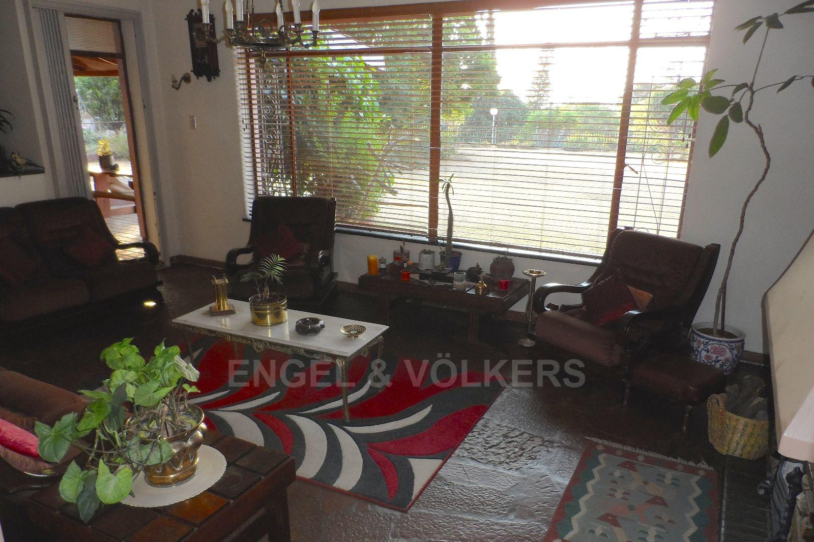 Waterkloof Ridge property for sale. Ref No: 13469252. Picture no 7