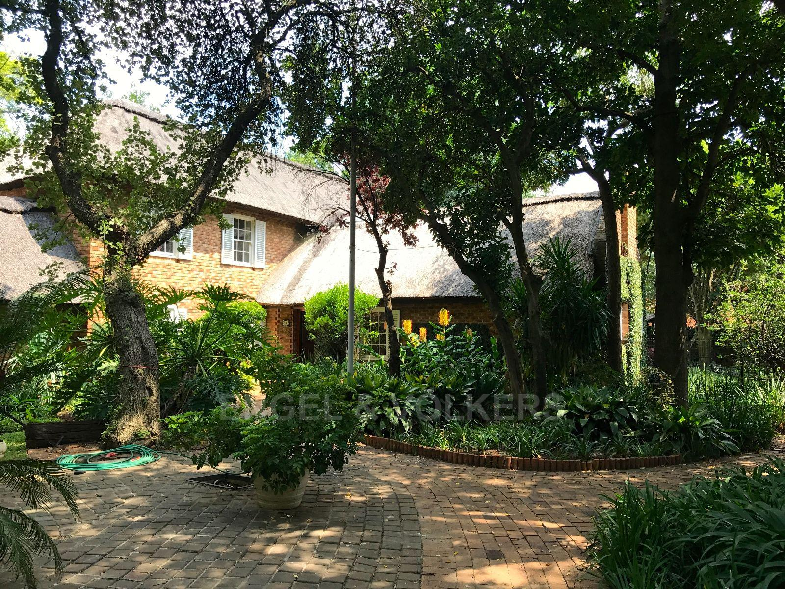 Waterkloof property for sale. Ref No: 13456737. Picture no 17
