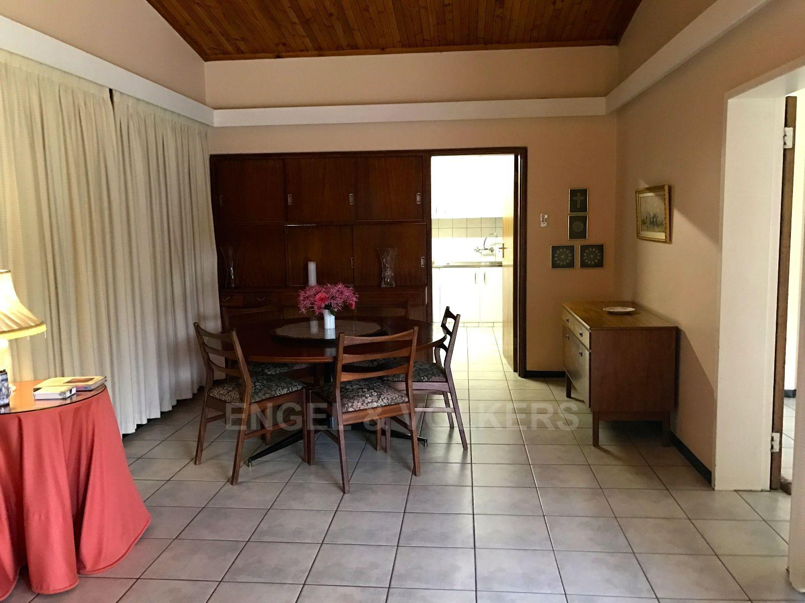Waterkloof Ridge property for sale. Ref No: 13456733. Picture no 12
