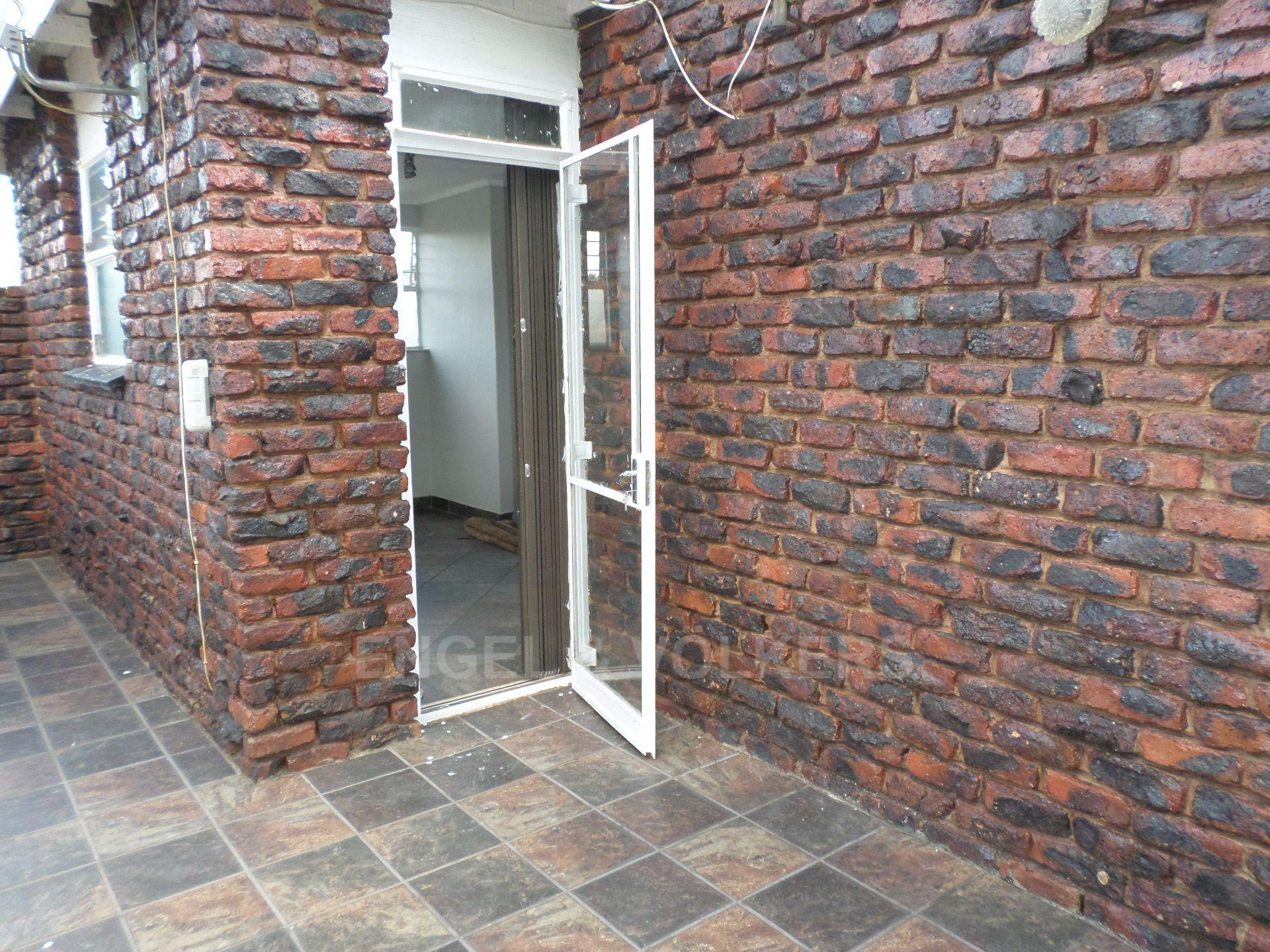 Hatfield property for sale. Ref No: 13465401. Picture no 14